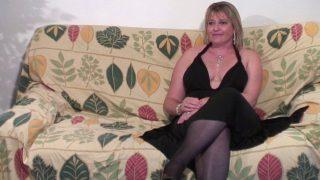 Porno français mère de famille passe un casting sexe
