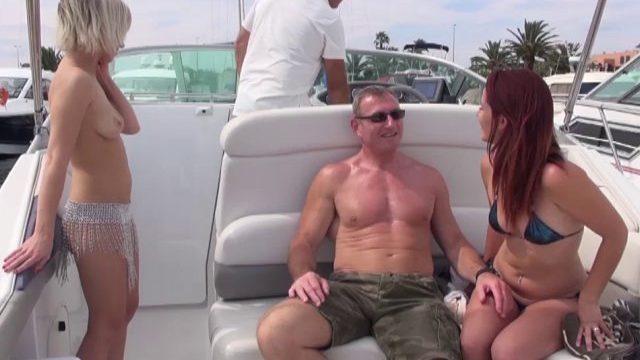 journee libertine en mer pour guy et sa charmante epouse barbara 01 640x360 - Femme blonde chaude nique avec son coloc