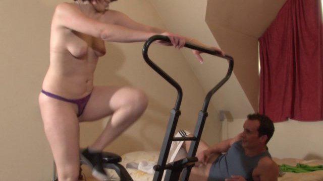 rien de tel quune bonne baise pour entretenir ses formes 01 640x360 - Une femme débutante se lance dans la sodomie
