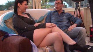 Porno français d'une meuf qui baise avec des sportifs