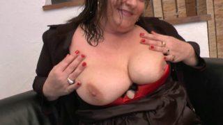 Casting sexe français d'une grosse coquine