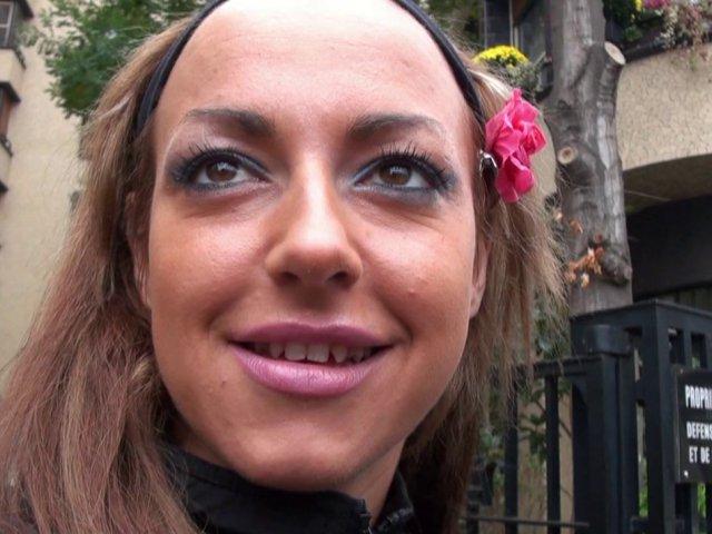 Porno français d'un couple libertin rencontré par max